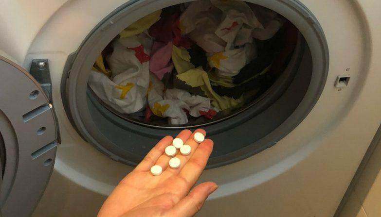 gebe aspirin in die waschmaschine um deine w sche wieder strahlend wei zu bekommen. Black Bedroom Furniture Sets. Home Design Ideas