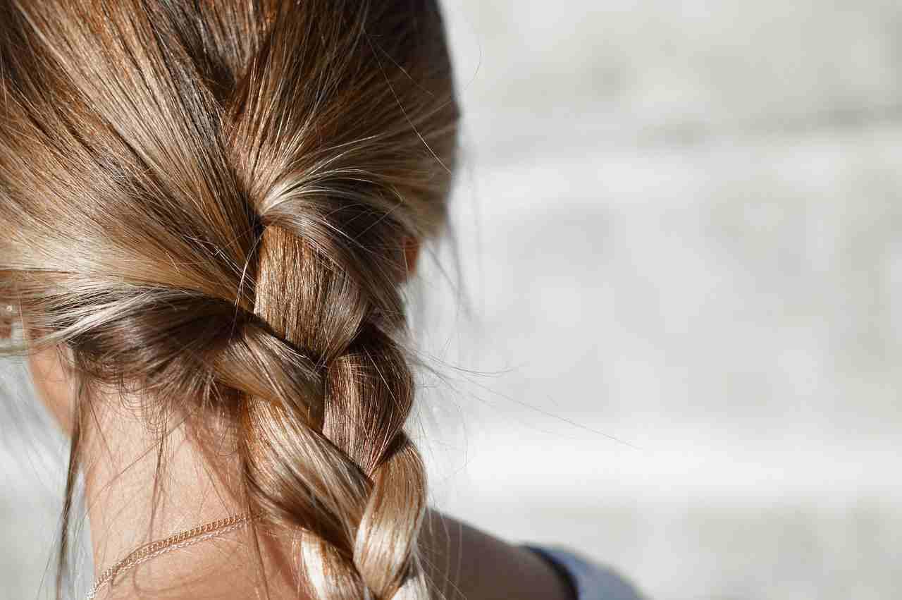 6 Tricks Und Tipps Wie Deine Haare Schneller Wachsen
